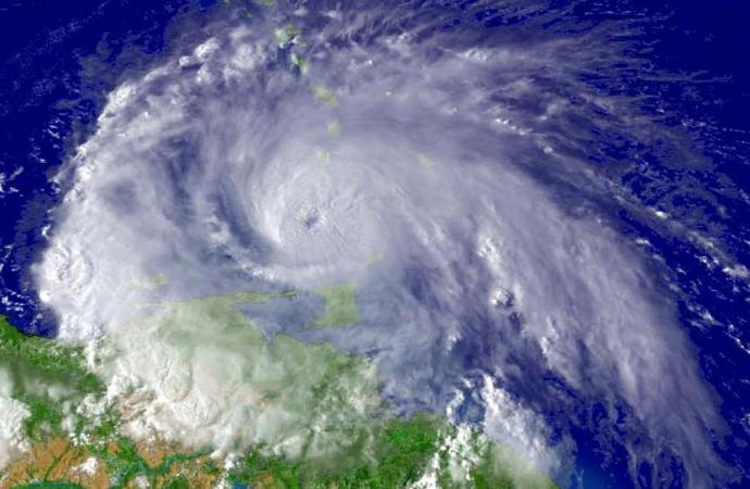 Laura s'écarte d'Haïti, l'alerte route levée