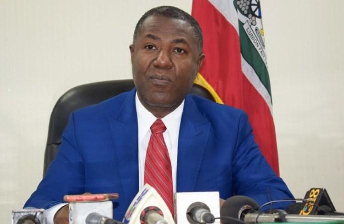 Économie : Mise en garde du MCI contre la vente de biens et services en monnaie étrangère