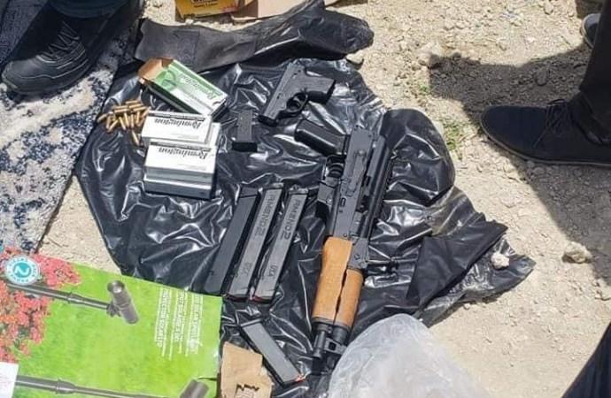 2 armes, des chargeurs et des cartouches confisqués à l'APN de St-Marc