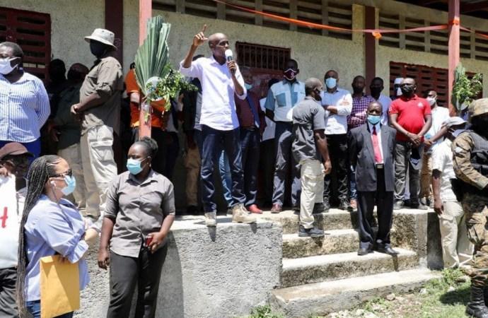 Aquin : Jovenel Moïse annonce le démarrage des travaux d'infrastructures routières