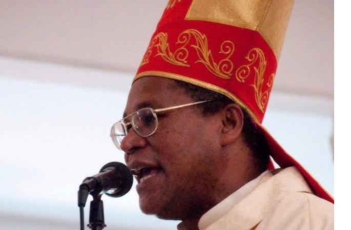 « L'église demande d'arrêter le robinet de sang qui inonde notre cité », rapporte Mgr Pierre André Dumas