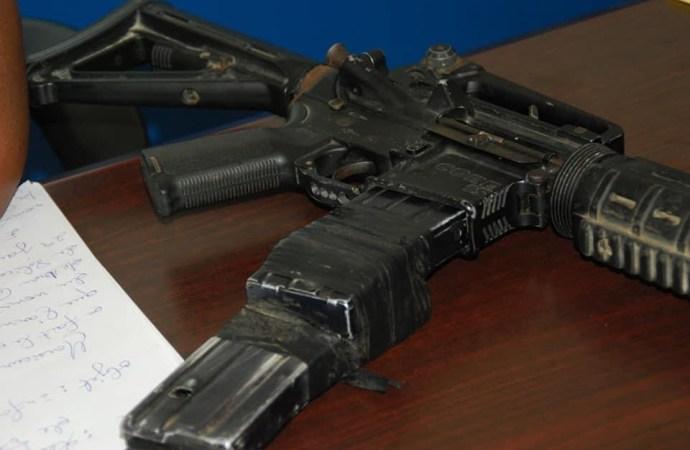 Thomazeau-Sécurité : Les autorités locales ont remis un Galil à la PNH