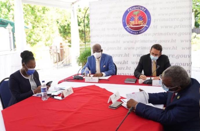 Aide externe au développement d'Haïti : plus effacé que jamais, Joseph Jouthe rencontre des partenaires techniques et financiers