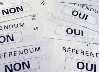 Politique : L'exécutif maintient le référendum