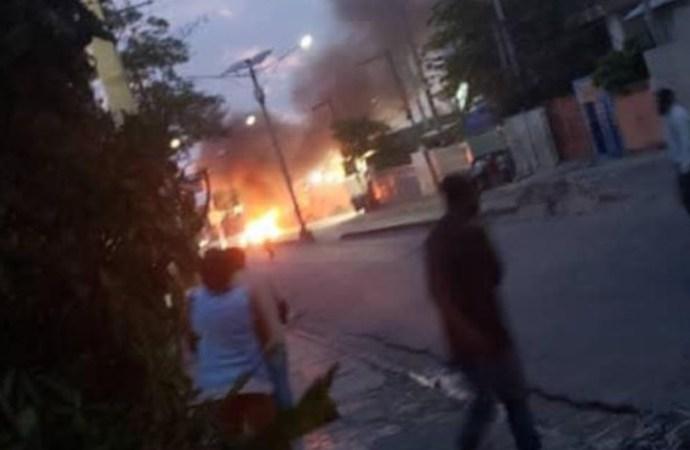 Situation de tension à Delmas 83 : un morts, un véhicule de police incendié