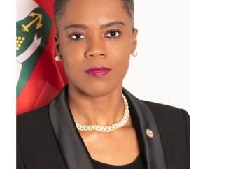 Victime d'attaques sur les réseaux sociaux, le Consulat général d'Haïti à Paris prend la défense de Wedlyne François Pierre