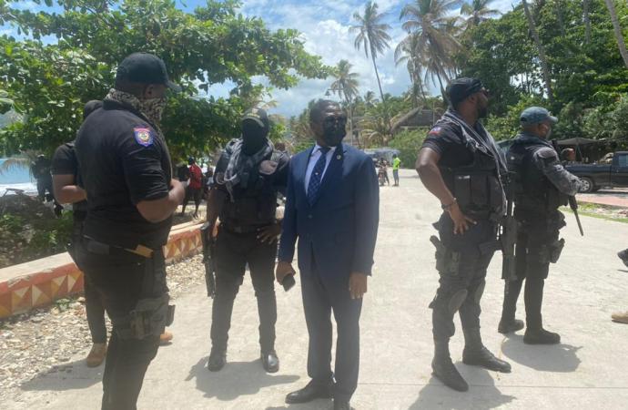 Rockefeller Vincent en difficulté à Jacmel, un autre son de cloche résonne