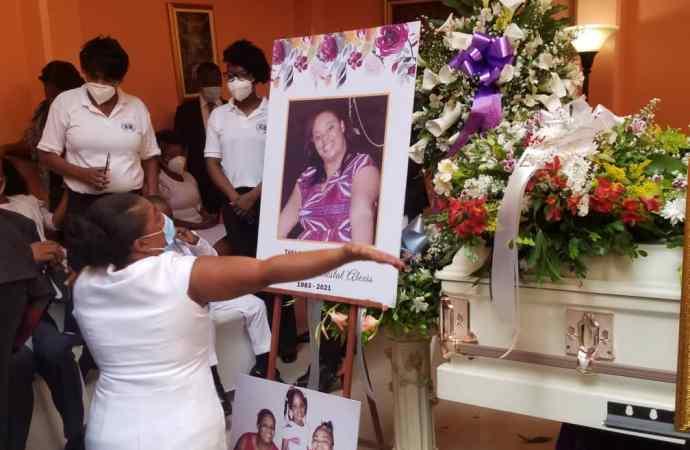 Nécrologie : Dernier hommage à Esther D. Alexis !