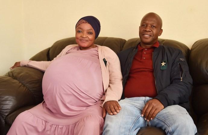 Une Sud-afrcaine met au monde 10 bébés d'un coup!