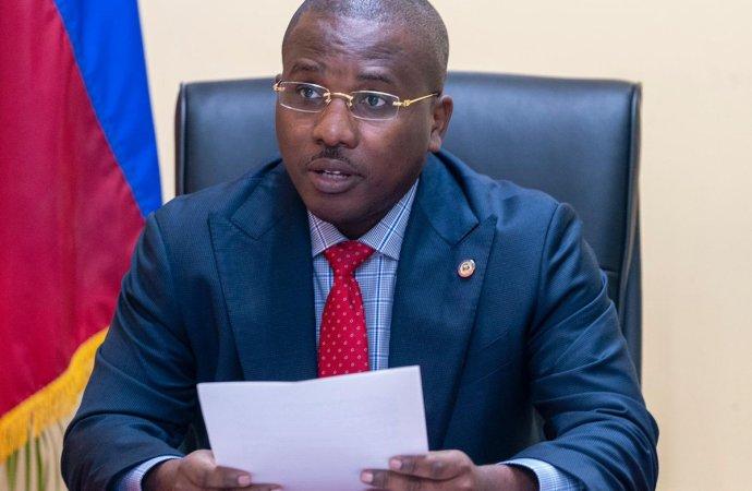 Claude Joseph veut éviter la propagation du coronavirus dans les centres carcéraux
