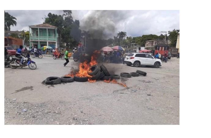 Référendum Constitutionnel : La présence de Rockfeller Vincent suscite un vent de panique à Jacmel