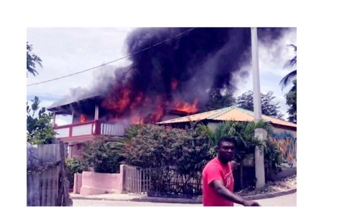 Incendie de la résidence privée de la directrice de la Unibank à Jérémie
