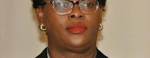 Marjorie A. Brunache qualifie d'illégal et arbitraire l'arrêt de débet de la CSCCA