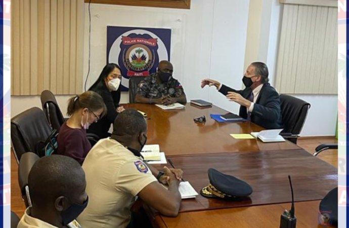 Lutte contre le Banditisme : la PNH, l'ambassadeur des États-Unis et l'envoyé spécial Daniel Foote s'entretiennent