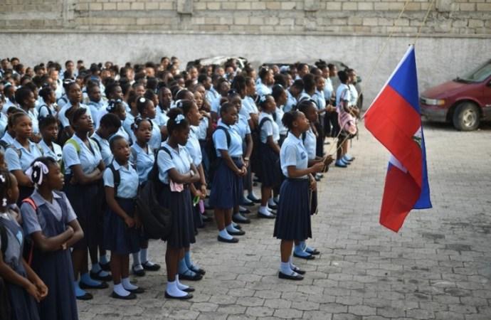 « La rentrée des classes est maintenue pour le 6 septembre prochain », decide le Ministère de l'Éducation Nationale