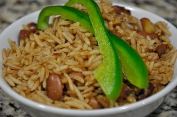 diri ak pwa e1395172667259 5 Haitian Recipes Every Haitian Woman Should Know cooking tip  Haitian recipes