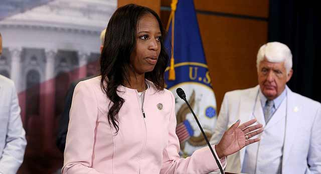 Poll: Haitian-American Republican Mia Love tied with Dem challenger in Utah House race