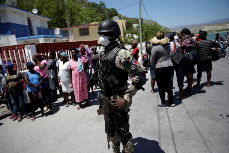 Haitian National Police, PNH,