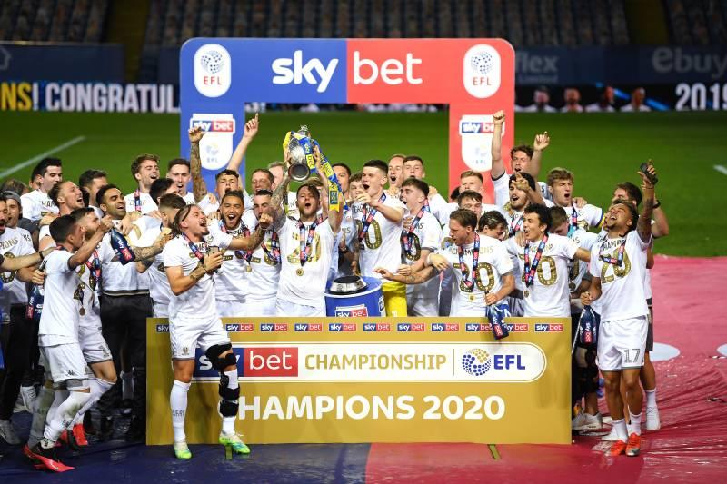 Leeds United Are Back in the Premier League: Will Edinson Cavani Join Them?