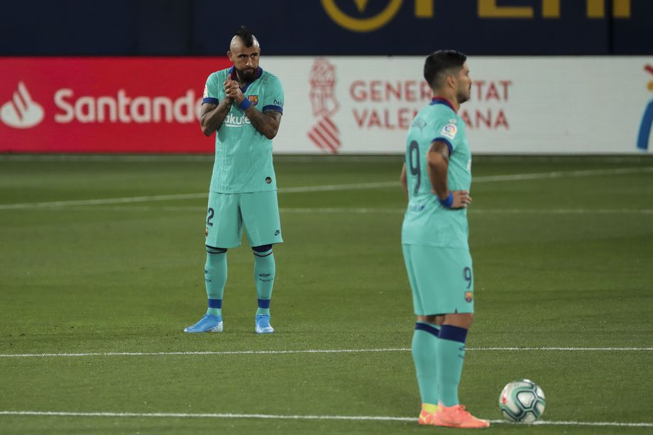 Koeman tells Vidal, Suárez, Rakitić, Umtiti they have to leave Barcelona