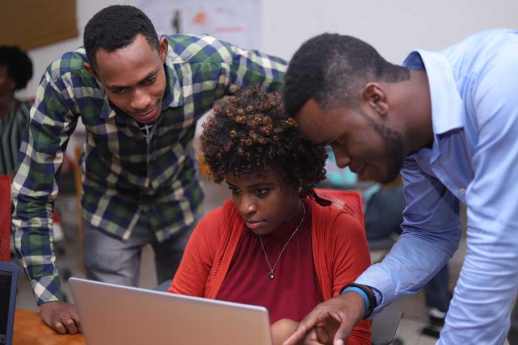 Faster, cheaper internet coming to Haiti via  million project
