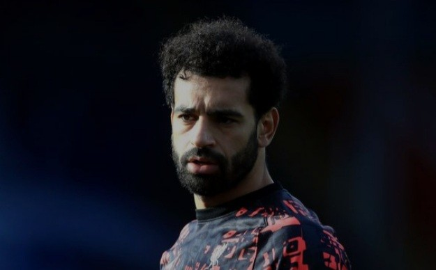 """Mo Salah """"unhappy"""" and Liverpool 'considering selling' after he opens door to Real Madrid"""