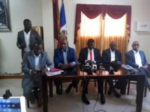 Haïti  -  Crise : Les 9 sénateurs renvoyés par l'Exécutif sont-ils habilités à reprendre siège ? 2