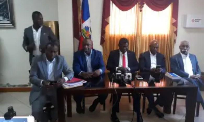 Haïti  -  Crise : Les 9 sénateurs renvoyés par l'Exécutif sont-ils habilités à reprendre siège ? 1