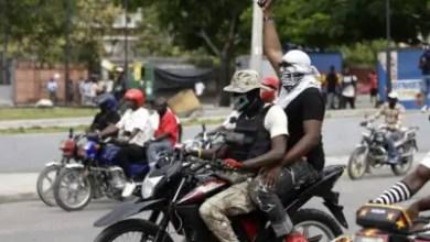 Photo de Haïti : Policiers vs FAD'H : La mère d'un adolescent tué va porter plainte contre le haut commandement des FAD'H