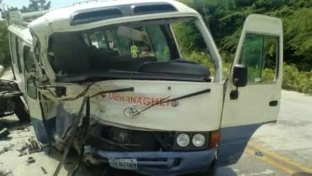 Circulation : un autobus transportant des étudiants de l'INAGHEI impliqué dans un accident sur la RN1