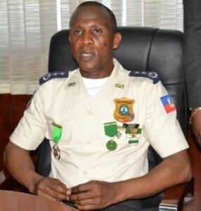 Le directeur général a.i de la PNH invite les policiers à regagner leur commissariat 1