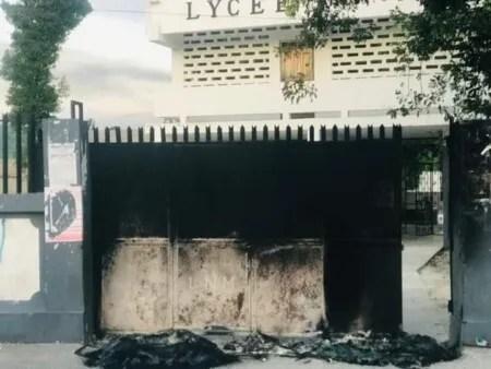La ville de Mirebalais (Centre) est bloquée…