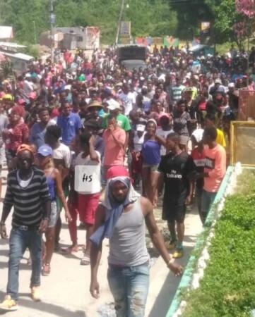 Miragoâne (Nippes) : énième journée de manifestation pour réclamer la démission du Président Jovenel Moïse
