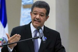 """L'ex président dominicain Leonel Fernandez qualifie Haïti d' """"État défaillant et proche d'une situation d'ingouvernabilité"""" leonel fdez"""