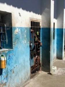 Coronavirus : 2 cas confirmés à la garde à vue du commissariat des Cayes (Sud) ?