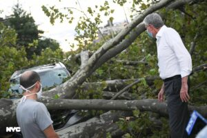 Le cyclone Isaias fait au moins 4 morts aux USA, avant d'atteindre le Canada