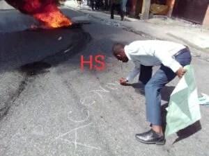 Port-au-Prince : sit-in des professeurs devant les locaux de l'annexe du MENFP à Nazon