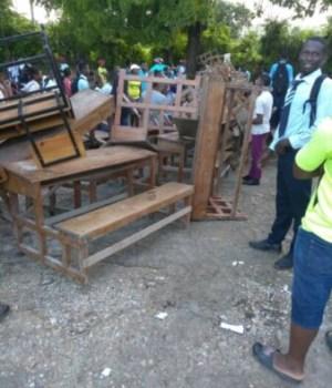 Port Salut (Sud) : protestation des élèves du lycée Jean Hubert Feuillé