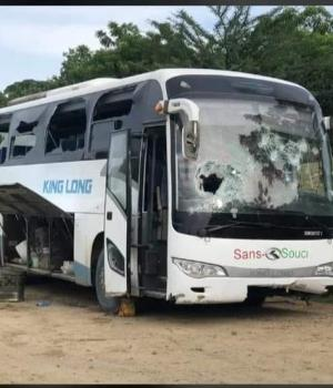 Artibonite : un autobus de transport en commun attaqué à Gros-Morne