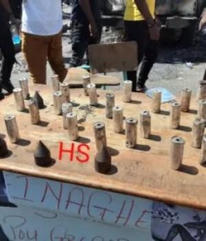 Des étudiants de l'Université d'État d'Haïti lancent