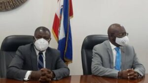Le Premier ministre Joseph Jouthe visite son ministre du commerce, après l'incident de Canez construction