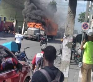 Port-au-Prince : les Phantomes 509 défient le nouveau directeur général de la PNH dans les rues