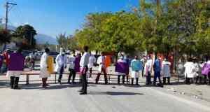 Kidnapping : protestation au Laboratoire national de santé publique suite à l'enlèvement de 2 employés du MSPP