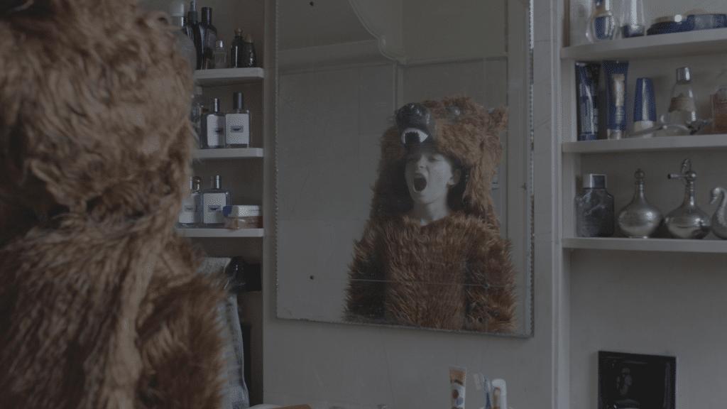 Mirror screaming 1024x576 1