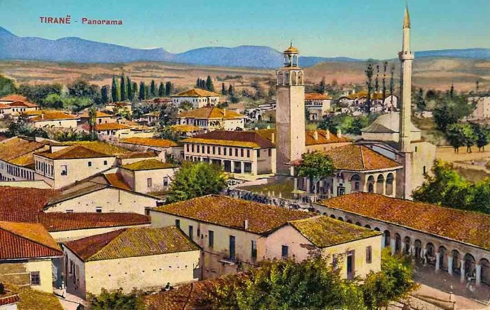 Tour de l'horloge de Tirana
