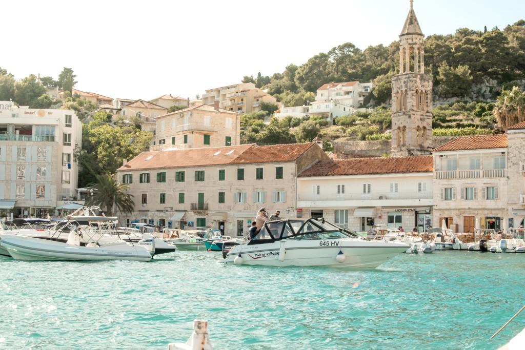 Port de l'île de Hvar, Croatie