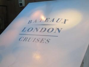 ロンドンテムズ川クルージングディナー Bateaux London