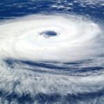 台風18号が宮崎県に!空港の飛行機は?進路予想と最接近がいつかも解説!