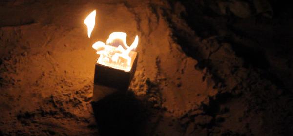 火を噴くスピーカー「Sound Torch」