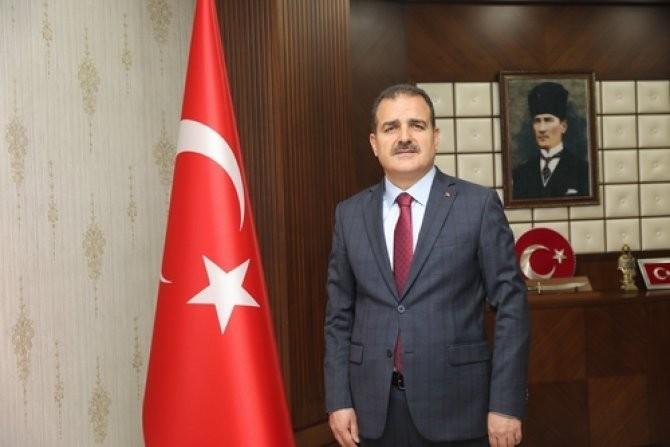 Vali Akbıyık'tan Cumhuriyet Bayramı mesajı